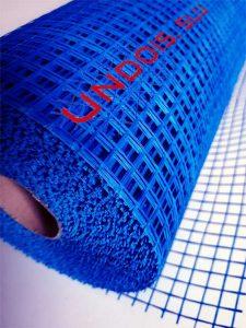 Malla de revoco y mortero 10*10mm. 90 gr/m² de color azul, especial refuerzo de mortero monocapa, cementos y enfocados.